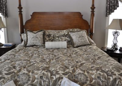 bedding--accessories-gallery_16688775539_o